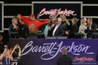 Barrett-Jackson Raises Nearly $1 Million For Charity With Help From WWE Superstar Hulk Hogan