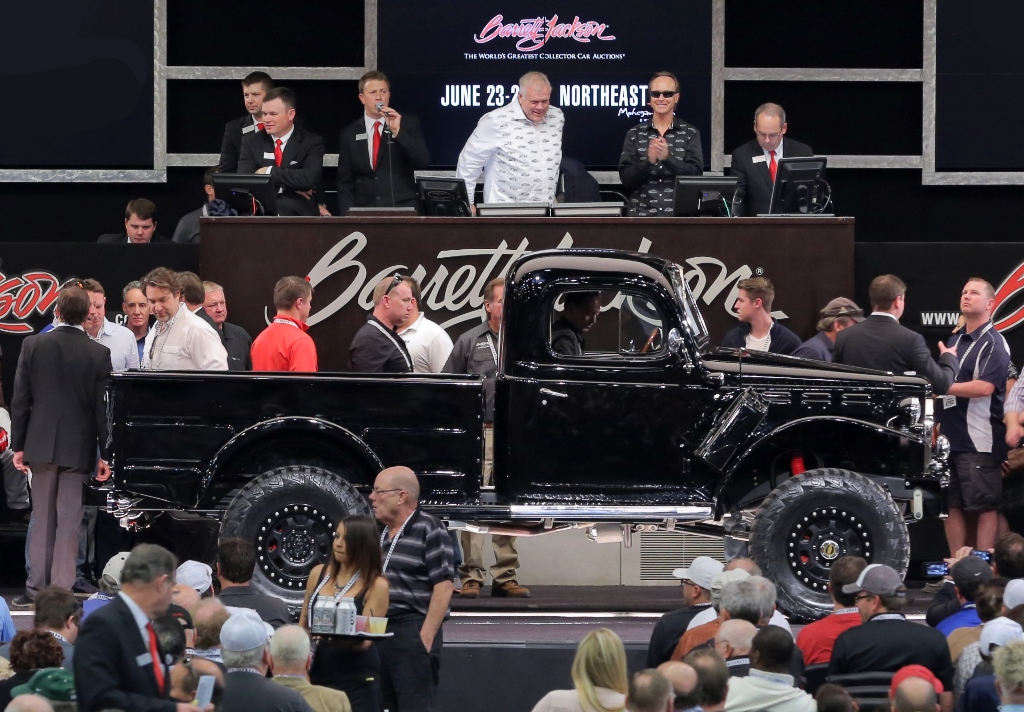 Lot #1061 at the 2016 Scottsdale Auction was a modernized 1944 Power Wagon, which tied the record set by the 1962 version that sold earlier in the week, going for an impressive $187,000.