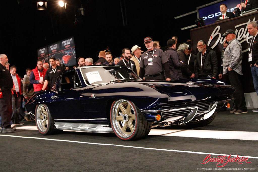 Also making it into the top 10 sales of the 2017 Scottsdale Auction was this 1964 Chevrolet Corvette LT1 (Lot #1399), which sold for $330,000.