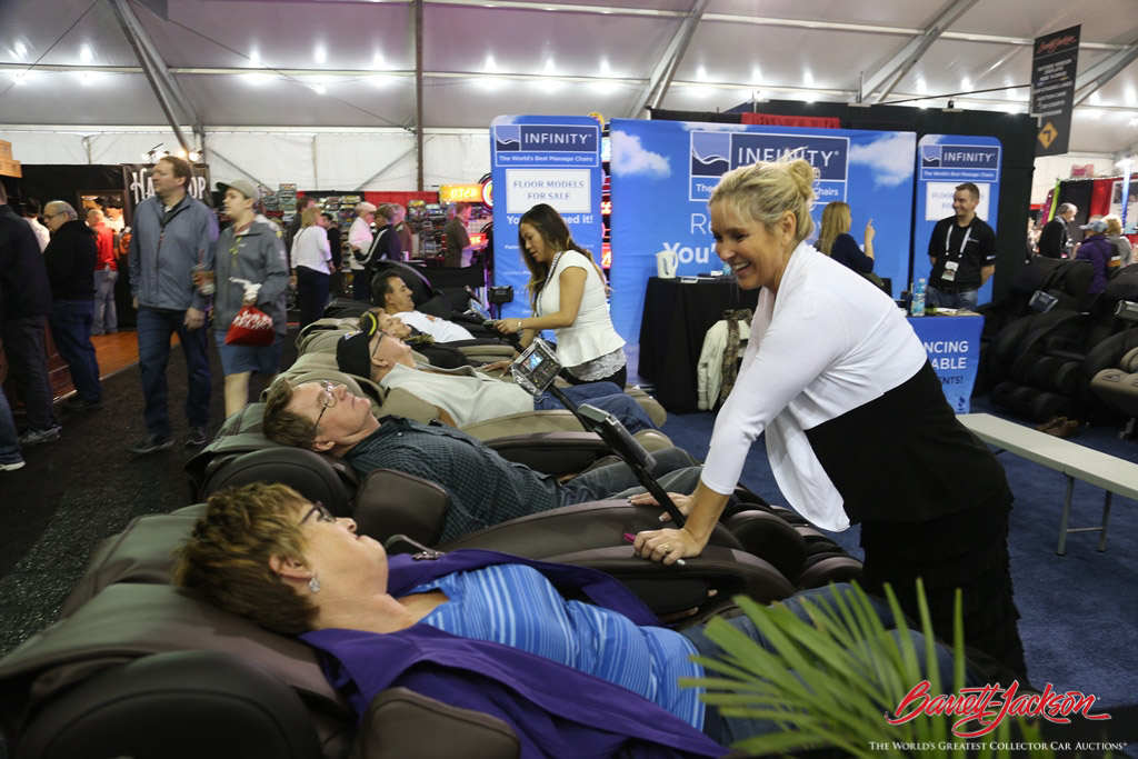 After exploring the 74-acre auction site, visitors were eager to check out the massage chairs in the Exhibitor Marketplace.