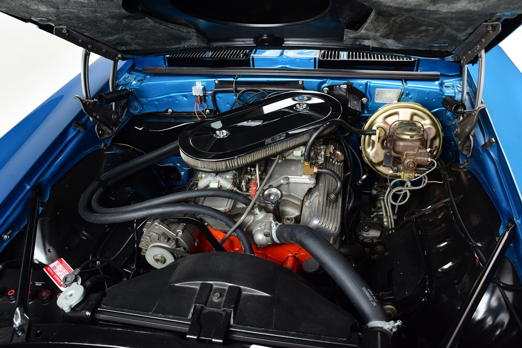This Z/28 has a cross-ram induction system under the hood.