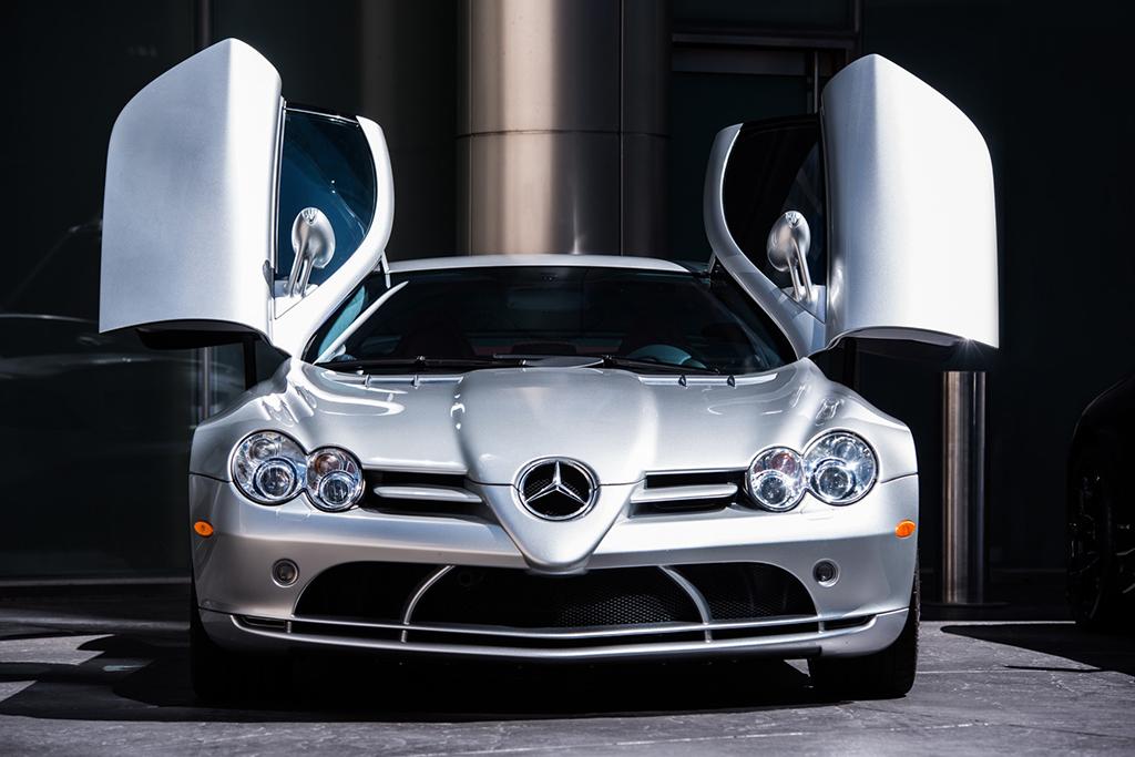 This sleek 2005 Mercedes-Benz SLR McLaren is ready to unleash its 617 horsepower on the Barrett-Jackson auction block in Las Vegas.