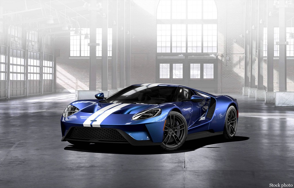 18AZ-Ford-GT-Press-Release_web