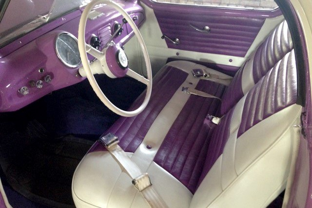 Lot 55 - 1955 Nash Metropolitan_interior