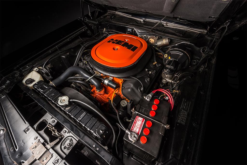 Lot 1421 - 1971 DODGE HEMI CHALLENGER_Engine