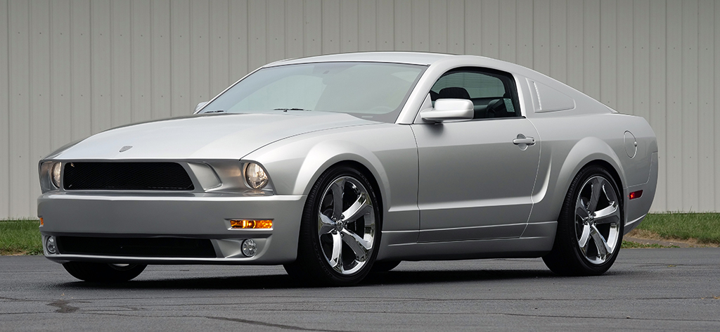 Lot 419 - 2009 Ford Mustang Iacocca 45th Anniversary Edition_front_3-4
