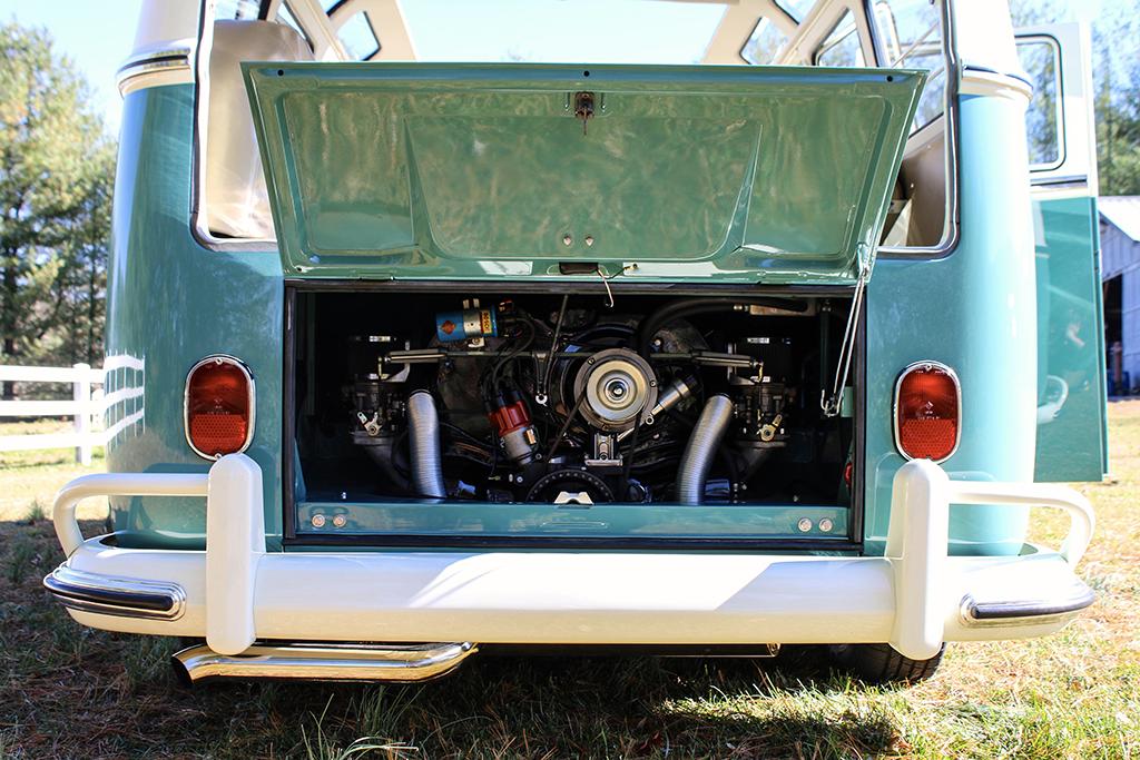 Lot 665.1 - 1966 Volkswagen 21-Window Microbus_engine