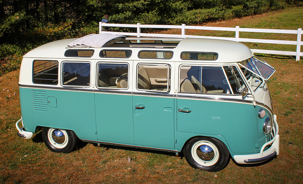 Headed to the Palm Beach Auction at No Reserve is this 1966 Volkswagen 21-Window Microbus (Lot #665.1).