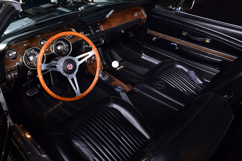 Lot 714 - 1968 Shelby GT500 Convertible_interior