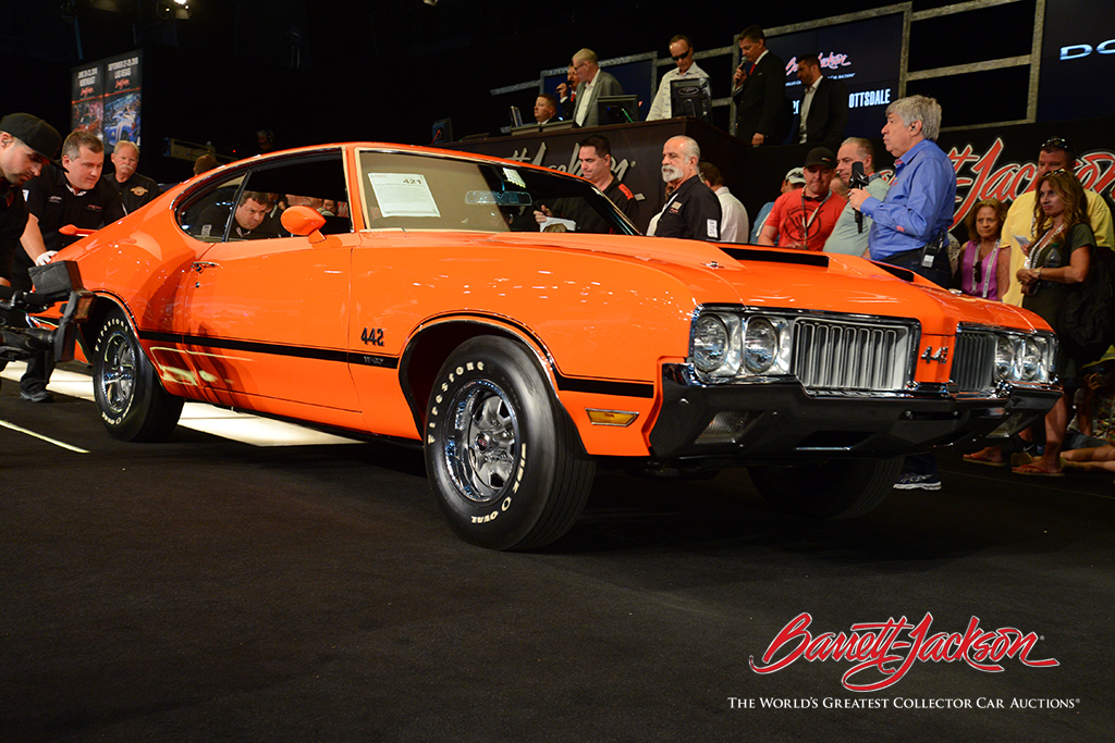 LOT #421 - 1970 OLDSMOBILE 442 W30 HOLIDAY COUPE - $143,000