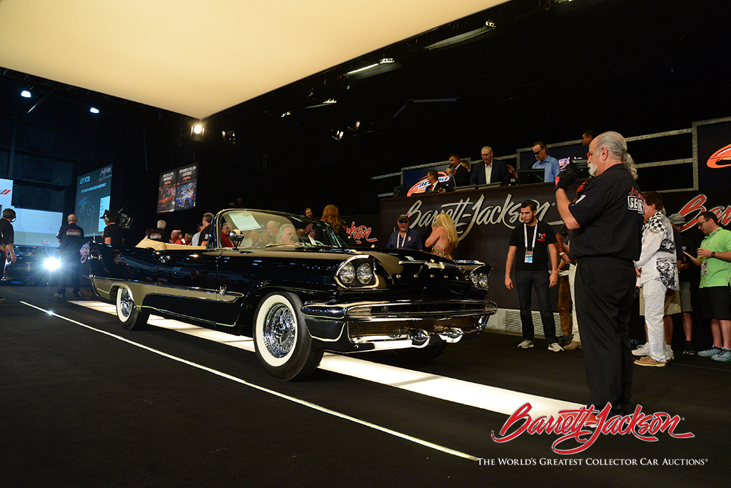 LOT #720 – 1957 DESOTO ADVENTURER CONVERTIBLE (from the John Staluppi Cars of Dreams Collection) – $231,000