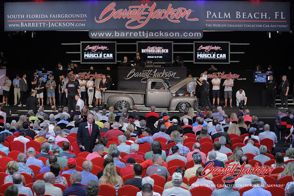 LOT #632 – 1952 CHEVROLET 3600 CUSTOM PICKUP - $121,000 (A NEW WORLD RECORD AT AUCTION)
