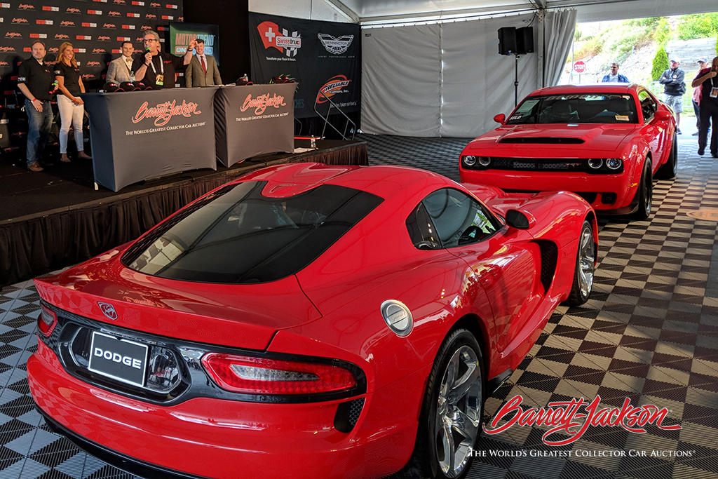 The last-production 2017 Dodge Viper and last-production 2018 Dodge Demon headed to the Live Stage after the pair sold for $1 million to benefit the United Way.